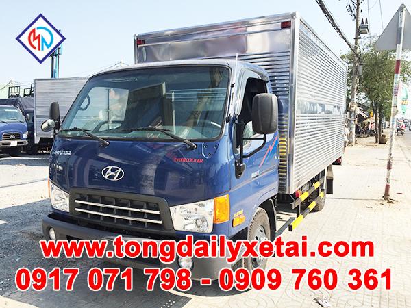 Xe Tải Hyundai 2.5 Tấn HD65 Thùng Kín