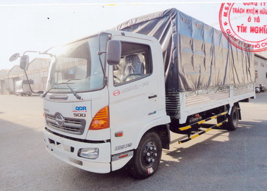 Xe tải Hino FC9JJSW (6 tấn) Thùng mui bạt