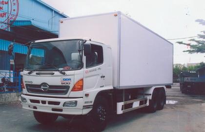 Xe tải Hino FL8JTSA thùng kín bảo ôn (15.2 TẤN)