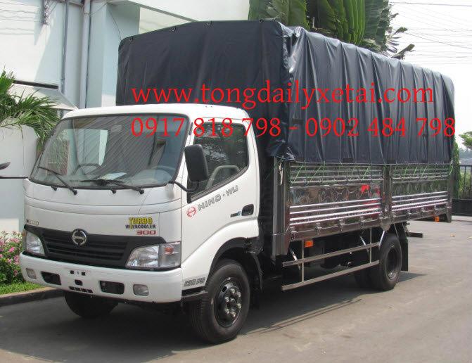 Xe tải Hino XZU 730 (5.2 tấn) Mui bạt