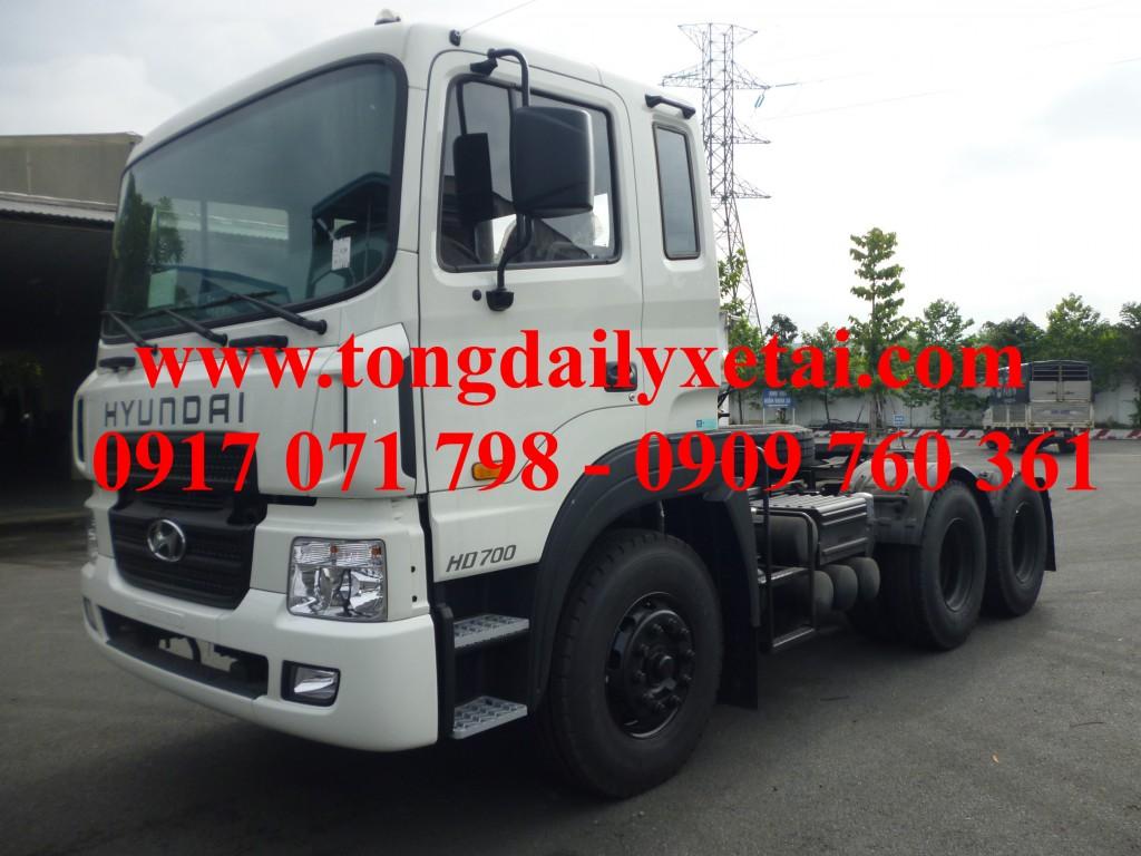 Xe Đầu Kéo Hyundai HD700 70 tấn 2017