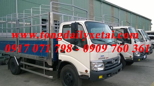 Xe tải Hino WU342L mui bạt 2016