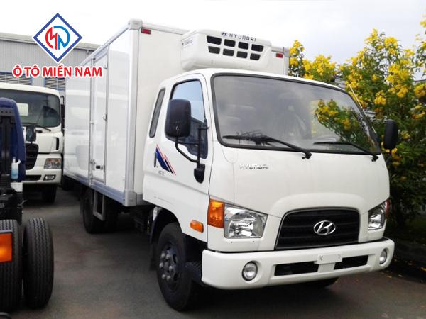 Xe Tải Hyundai HD72 Thùng Đông Lạnh 3.5 Tấn 2017