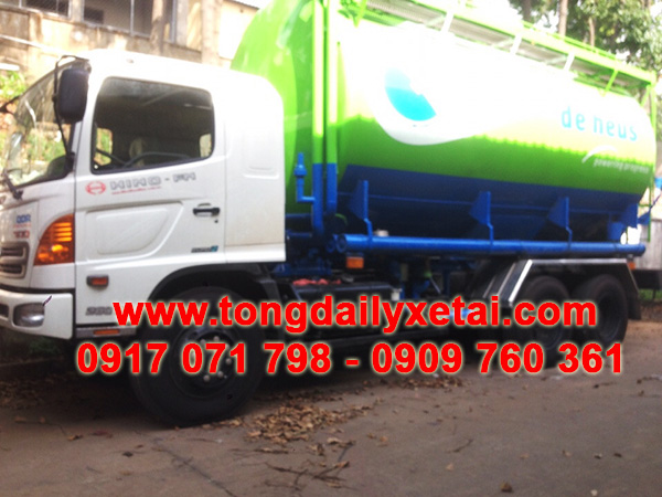 xe tải hino bồn chở cám 24 khối