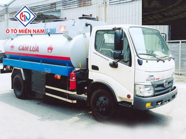 Xe tải Hino WU342L Bồn Xăng Dầu 6 Khối