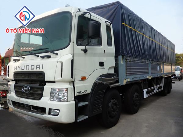 Xe Tải Hyundai HD320 18 Tấn Thùng Mui Bạt