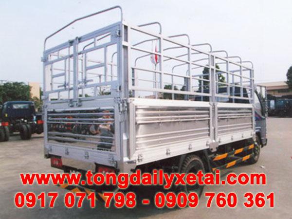 xe tải hyundai iz49 2.4 tấn mui bạt
