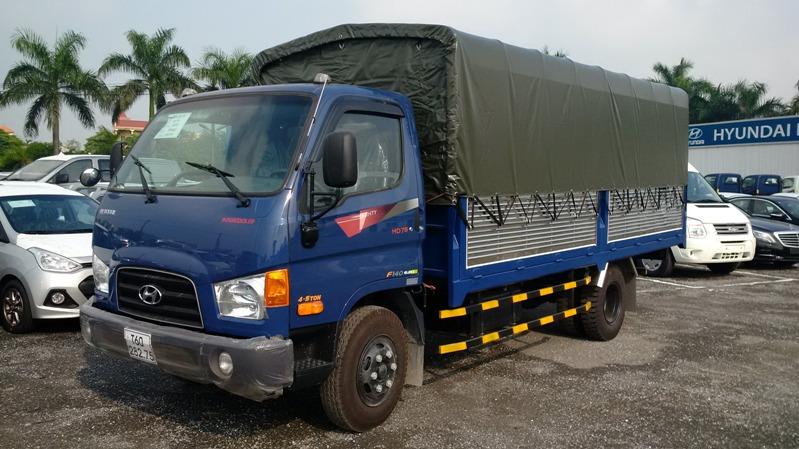 Xe Tải Hyundai 4.5 Tấn Mui Bạt
