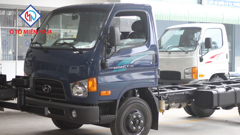 Hyundai 75S