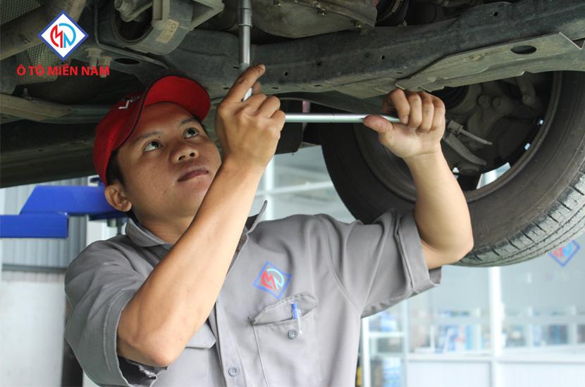 bảo quản xe tải Hino
