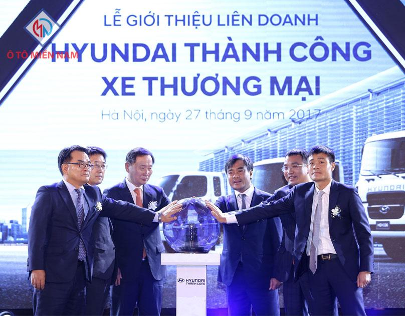 Xe Tải Hyundai Và Cái Bắt Tay Triệu Đô Thay Đổi Ngành Vận Tải