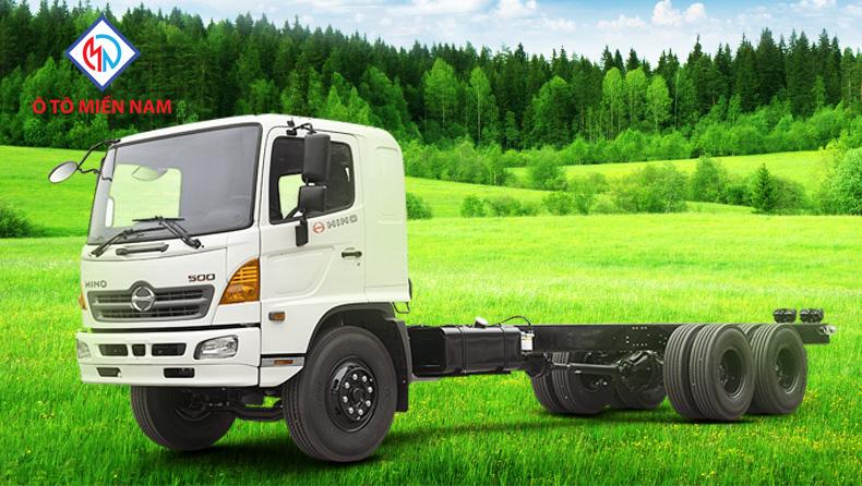 ô tô tải Hino 3 chân