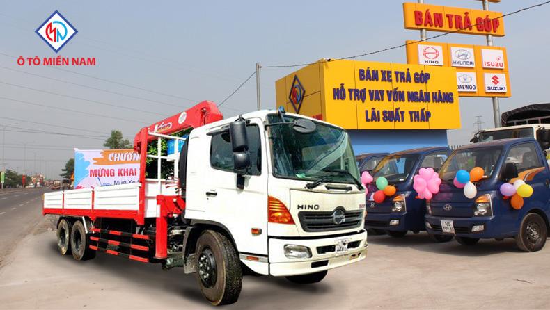 dòng xe tải Hino gắn cẩu
