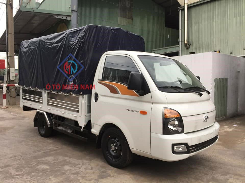 xe-H150-mui-bạt